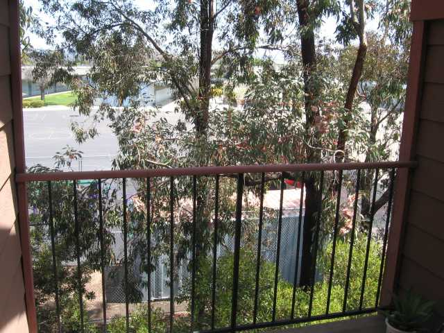 Photo 8: SAN DIEGO Condo for sale : 2 bedrooms : 3955 Faircross #80