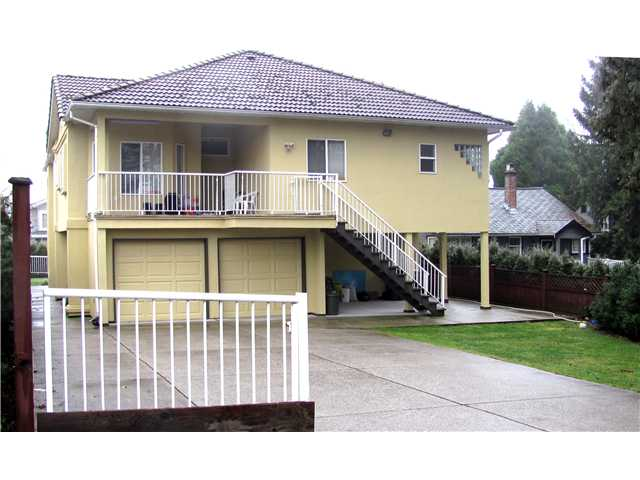 "Photo 2: 938 4TH Street in New Westminster: GlenBrooke North House for sale in ""GLENBROOKE AREA"" : MLS® # V865579"