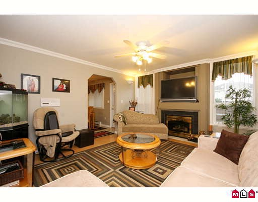"Photo 6: 15875 99A Avenue in Surrey: Guildford House for sale in ""FLEETWOOD"" (North Surrey)  : MLS® # F2914967"
