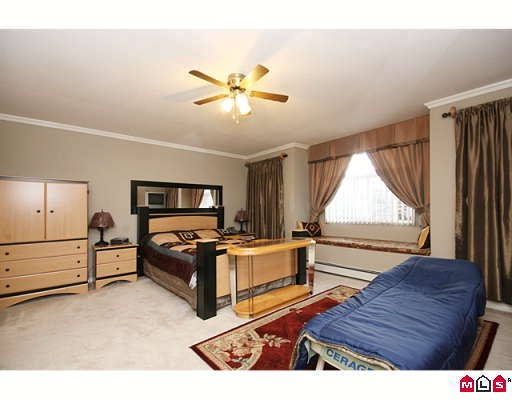 "Photo 9: 15875 99A Avenue in Surrey: Guildford House for sale in ""FLEETWOOD"" (North Surrey)  : MLS® # F2914967"