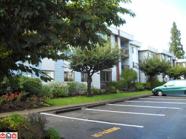 "Main Photo: 214 2277 MCCALLUM Road in Abbotsford: Central Abbotsford Condo for sale in ""ALAMEDA COURT"" : MLS® # F1024697"