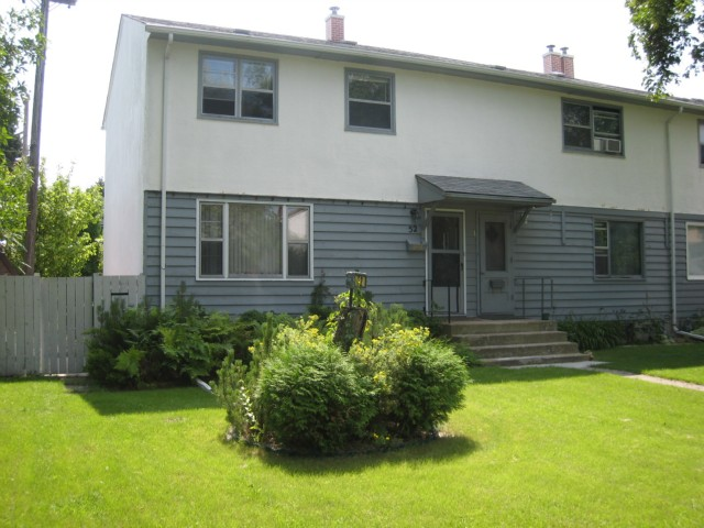 Main Photo: 52 DICKSON Crescent in WINNIPEG: Manitoba Other Residential for sale : MLS® # 1015927