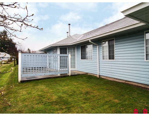 "Photo 10: 105 1450 MCCALLUM Road in Abbotsford: Poplar Townhouse for sale in ""CROWN POINT"" : MLS® # F2833694"