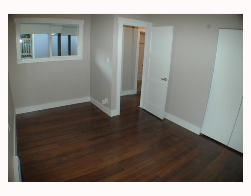 Photo 5: 1150 LILY Street in Vancouver: Grandview VE House for sale (Vancouver East)  : MLS(r) # V802071