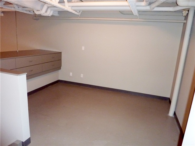 "Photo 6: 128 350 E 2ND Avenue in Vancouver: Mount Pleasant VE Condo  in ""MAIN SPACE"" (Vancouver East)  : MLS(r) # V826521"