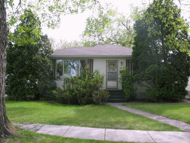 Main Photo:  in WINNIPEG: East Kildonan Residential for sale (North East Winnipeg)  : MLS® # 1009293