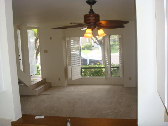 Photo 6: CARLSBAD SOUTH Condo for sale : 2 bedrooms : 6904 Carnation in Carlsbad
