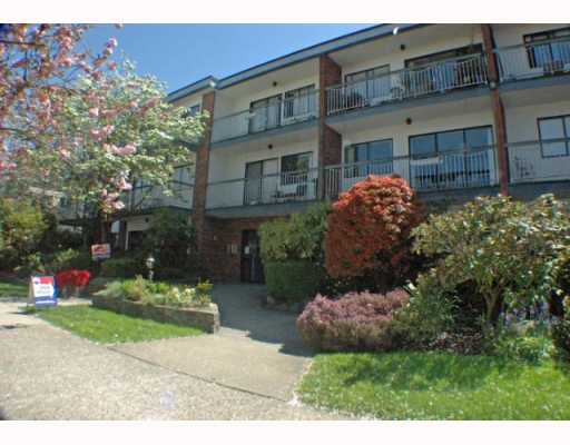 Main Photo: 208 1950 W 8TH Avenue in Vancouver: Kitsilano Condo for sale (Vancouver West)  : MLS(r) # V760791