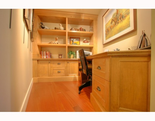 "Photo 4: 1063 MARINASIDE Crescent in Vancouver: False Creek North Townhouse for sale in ""QUAYWEST"" (Vancouver West)  : MLS® # V775209"