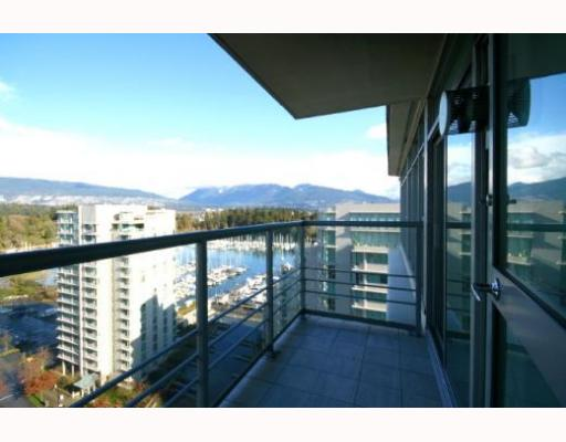 "Photo 3: 1704 1710 BAYSHORE Drive in Vancouver: Coal Harbour Condo for sale in ""BAYSHORE GARDENS"" (Vancouver West)  : MLS® # V772805"