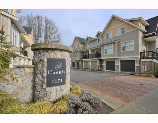 "Main Photo: 4 7171 STEVESTON Highway in Richmond: Broadmoor Townhouse for sale in ""CASSIS"" : MLS® # V754791"