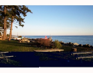 "Main Photo: 4511 STALASHEN Road in Sechelt: Sechelt District Manufactured Home for sale in ""TSAWCOME"" (Sunshine Coast)  : MLS® # V756682"
