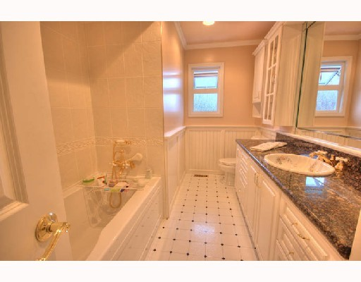 "Photo 7: 4831 FORTUNE Avenue in Richmond: Steveston North House for sale in ""STEVESTON NORTH"" : MLS® # V774460"