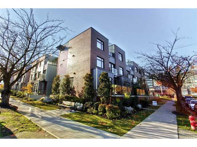 "Main Photo: 458 E 11TH Avenue in Vancouver: Mount Pleasant VE Townhouse for sale in ""THE BLOCK"" (Vancouver East)  : MLS®# V858188"