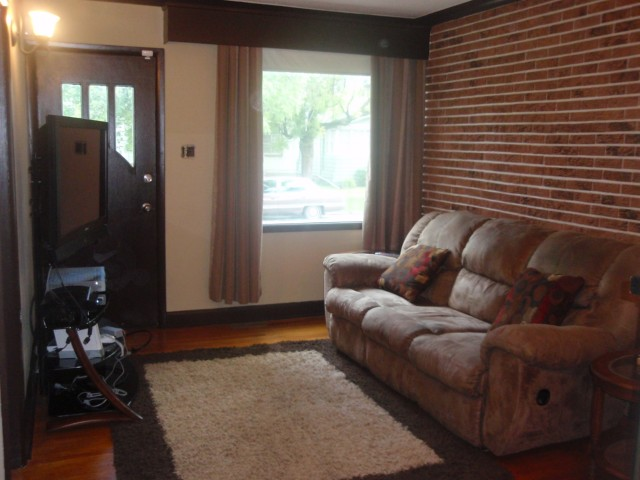 Photo 4: 764 PRITCHARD Avenue in WINNIPEG: North End Residential for sale (North West Winnipeg)  : MLS(r) # 1014912