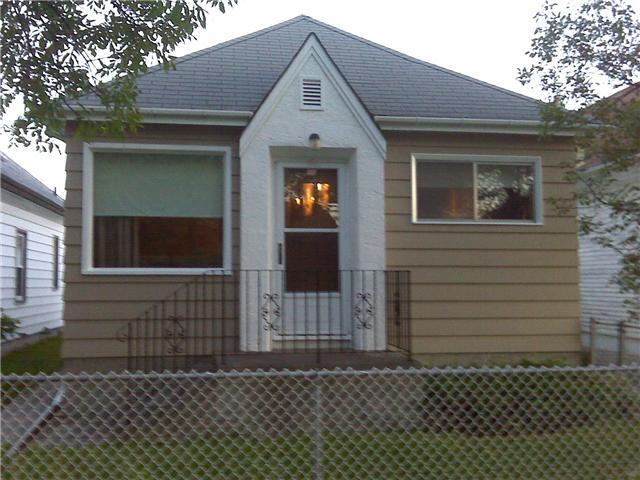 Main Photo: 764 PRITCHARD Avenue in WINNIPEG: North End Residential for sale (North West Winnipeg)  : MLS(r) # 1014912