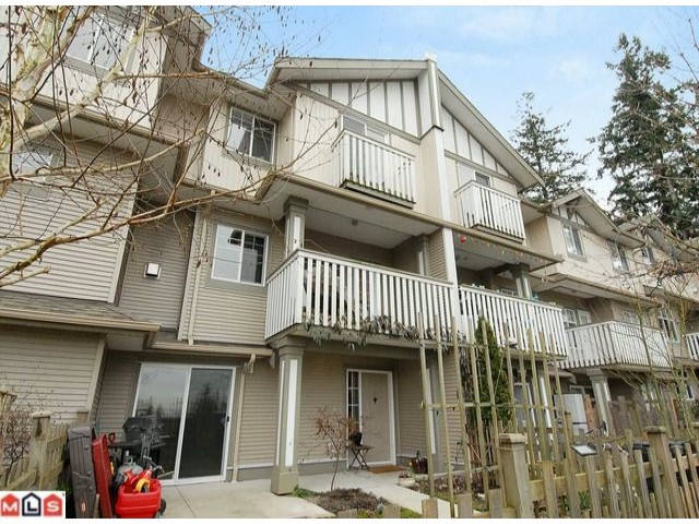 Main Photo: 13 2733 PARKWAY Drive in Surrey: King George Corridor Townhouse for sale (South Surrey White Rock)  : MLS® # F1101544
