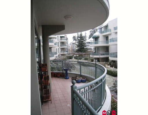 "Photo 3: 208 1785 MARTIN Drive in Surrey: Sunnyside Park Surrey Condo for sale in ""SOUTHWYND"" (South Surrey White Rock)  : MLS® # F2901985"