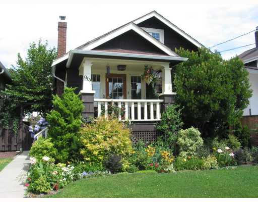 "Main Photo: 913 10TH Street in New_Westminster: Moody Park House for sale in ""MOODY PARK"" (New Westminster)  : MLS® # V764673"