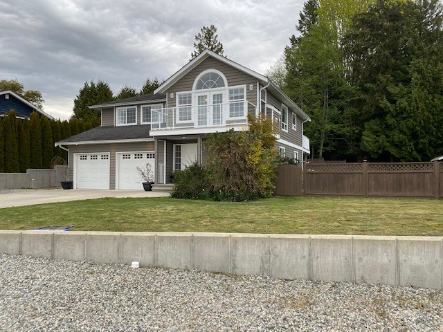 FEATURED LISTING: 5058 BAY Road Sechelt
