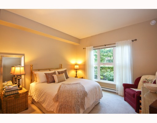 "Photo 5: 104 2253 WELCHER Avenue in Port Coquitlam: Central Pt Coquitlam Condo for sale in ""ST. JAMES GATE"" : MLS® # V785959"