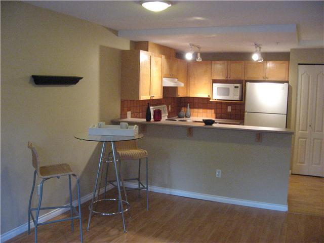 "Photo 5: 3072 W 4TH Avenue in Vancouver: Kitsilano Condo for sale in ""SANTA BARBARA"" (Vancouver West)  : MLS(r) # V828062"