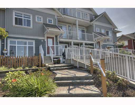 Main Photo: 3 6300 LONDON Road in Richmond: Steveston South Townhouse for sale : MLS(r) # V776905
