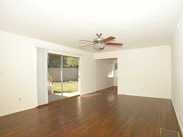 Photo 3: LINDA VISTA Residential for sale : 3 bedrooms : 7270 Acari St. in San Diego