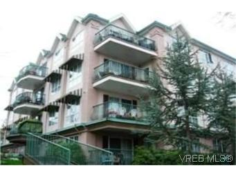 Main Photo: 312 3133 Tillicum Road in VICTORIA: SW Tillicum Condo Apartment for sale (Saanich West)  : MLS(r) # 244864