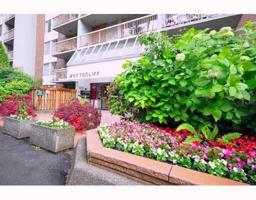"Main Photo: 1205 2004 FULLERTON Avenue in North Vancouver: Pemberton NV Condo for sale in ""Whytecliffe"" : MLS® # V772332"
