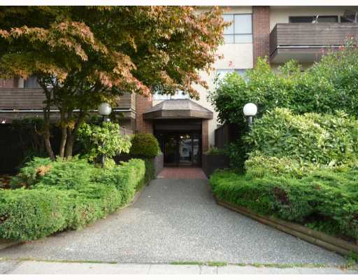 Main Photo: 306 6450 TELFORD Avenue in Burnaby: Metrotown Condo for sale (Burnaby South)  : MLS® # V793595