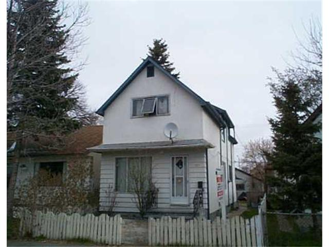 Main Photo: 721 FLORA Avenue in WINNIPEG: North End Residential for sale (North West Winnipeg)  : MLS(r) # 2505728