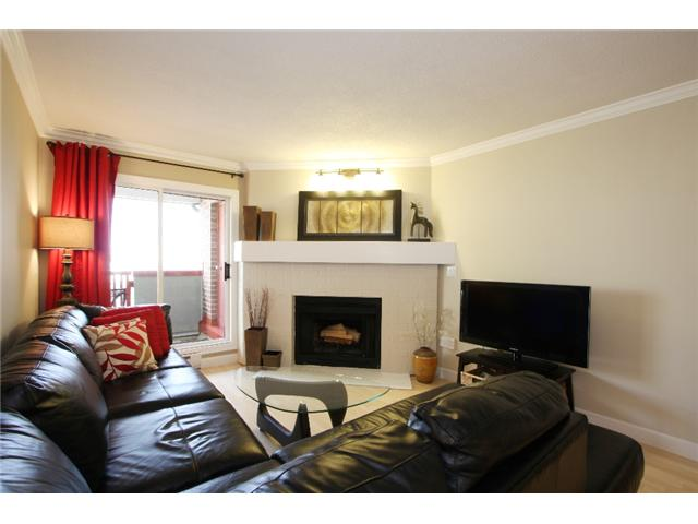 "Main Photo: 306 7511 MINORU Boulevard in Richmond: Brighouse South Condo for sale in ""CYPRESS POINT"" : MLS(r) # V864088"