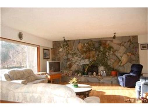 Photo 5: 3616 Happy Valley Road in VICTORIA: La Happy Valley Single Family Detached for sale (Langford)  : MLS(r) # 224494