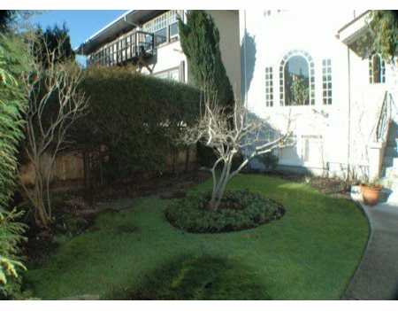 "Photo 2: 985 W 15TH Ave in Vancouver: Fairview VW Townhouse for sale in ""THE DEL RAY"" (Vancouver West)  : MLS(r) # V626614"