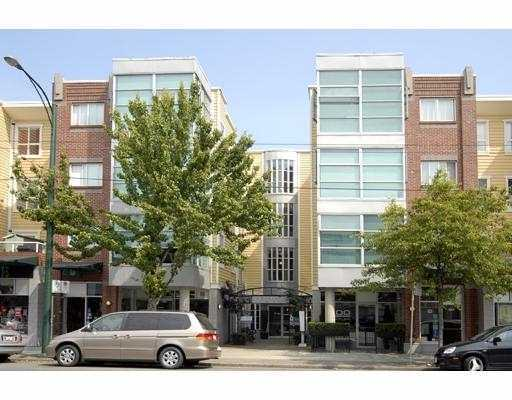 "Main Photo: 102 2929 W 4TH Avenue in Vancouver: Kitsilano Condo for sale in ""THE MADISON"" (Vancouver West)  : MLS® # V757521"