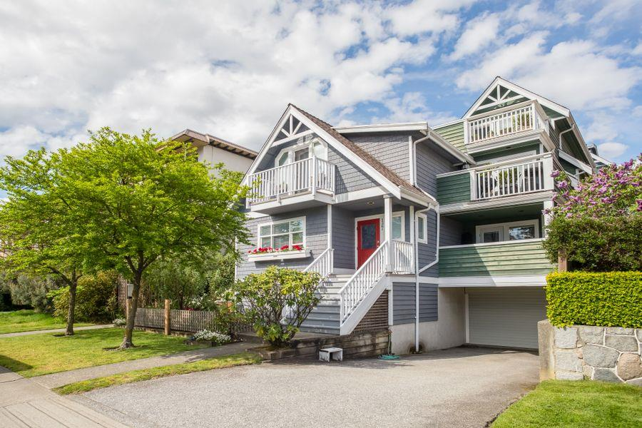 FEATURED LISTING: C - 136 4TH Street West North Vancouver