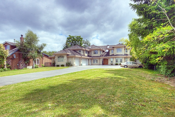 Main Photo: 6180 NO 4 Road in Richmond: McLennan House for sale : MLS(r) # V839816