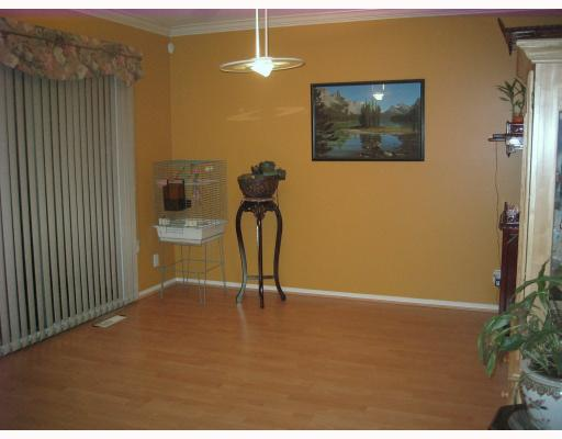 Photo 9: 101 303 CUMBERLAND Street in New_Westminster: Sapperton Townhouse for sale (New Westminster)  : MLS® # V746653