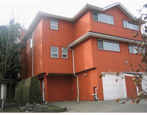 Photo 2: 101 303 CUMBERLAND Street in New_Westminster: Sapperton Townhouse for sale (New Westminster)  : MLS® # V746653