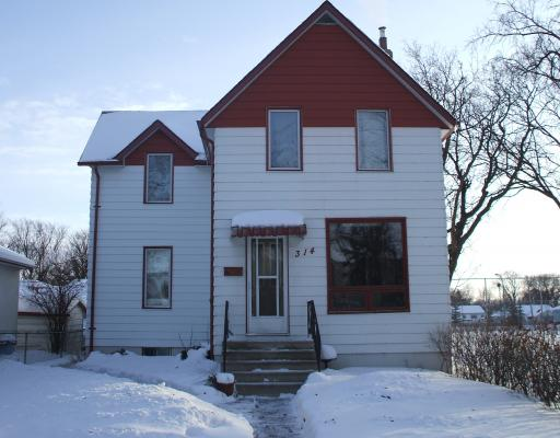 Main Photo: 314 KILDARE Avenue West in WINNIPEG: Transcona Residential for sale (North East Winnipeg)  : MLS(r) # 2901523