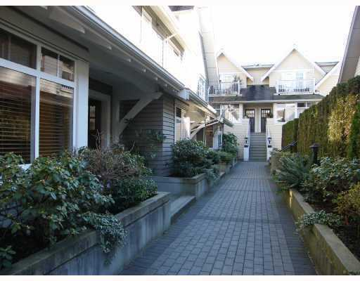 Main Photo: 5370 LARCH Street in Vancouver: Kerrisdale Townhouse for sale (Vancouver West)  : MLS® # V779019