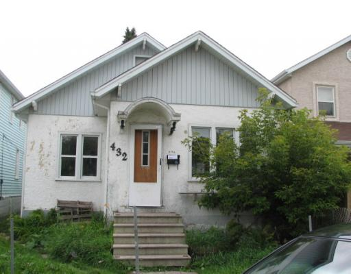 Main Photo: 432 MAGNUS Avenue in WINNIPEG: North End Residential for sale (North West Winnipeg)  : MLS® # 2915932