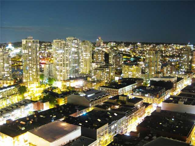 "Main Photo: 3007 939 HOMER Street in Vancouver: Downtown VW Condo for sale in ""THE PINNACLE"" (Vancouver West)  : MLS® # V873938"