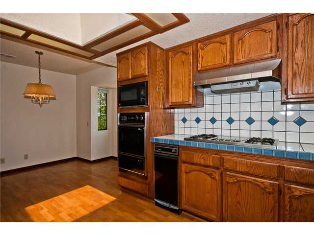 Photo 7: NORTH ESCONDIDO House for sale : 4 bedrooms : 1455 Rimrock in Escondido