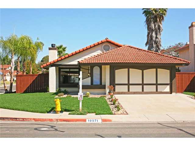 Main Photo: MIRA MESA House for sale : 3 bedrooms : 10971 Barbados in San Diego