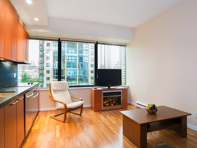 Main Photo: # 711 1333 W GEORGIA ST in Vancouver: Coal Harbour Condo for sale (Vancouver West)  : MLS® # V1010018