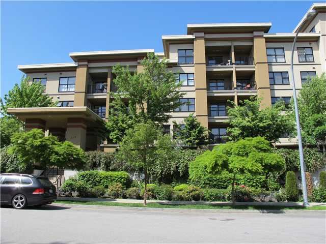 "Main Photo: 512 315 KNOX Street in New Westminster: Sapperton Condo  in ""SAN MARINO"" : MLS® # V1064612"