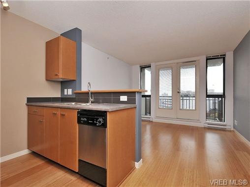 Photo 3: 1503 751 Fairfield Road in VICTORIA: Vi Downtown Condo Apartment for sale (Victoria)  : MLS(r) # 351361