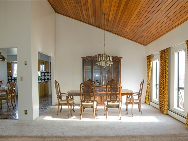 Photo 3: Photos: 321 W 14TH Street in North Vancouver: Central Lonsdale House for sale : MLS®# V1128973